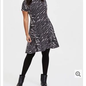 Nwt Torrid size 00 Gray pink Hacci Trapeze dress
